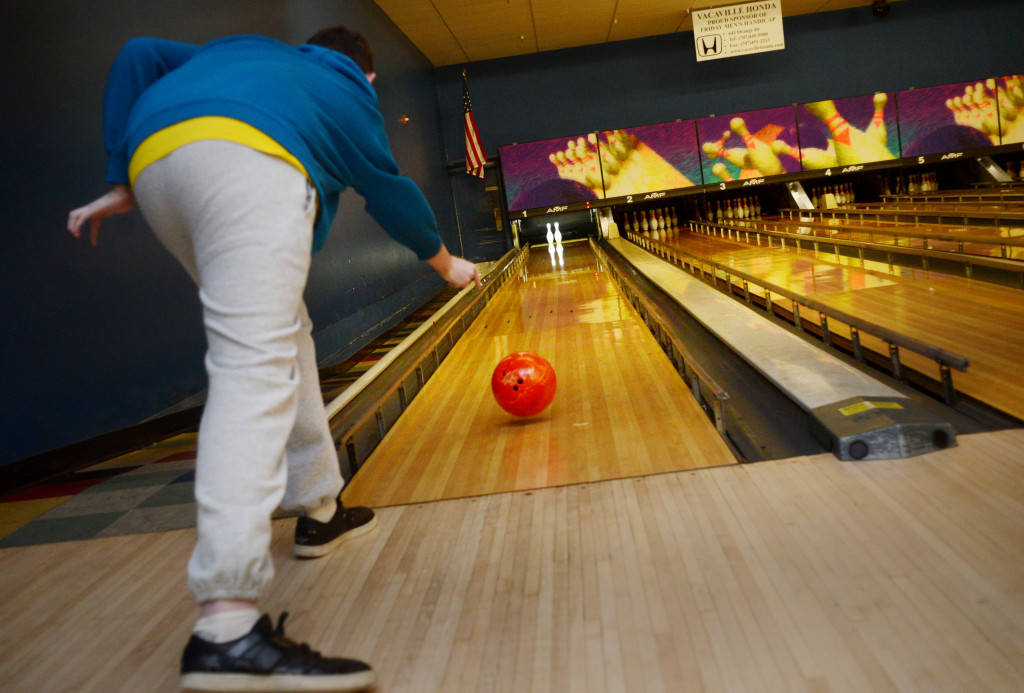 bowling-special-needs-2-1024x693.jpg